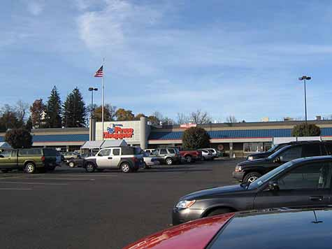a Photograph of Catskill Price Chopper Plaza