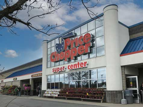 a Photograph of Granville Price Chopper Plaza